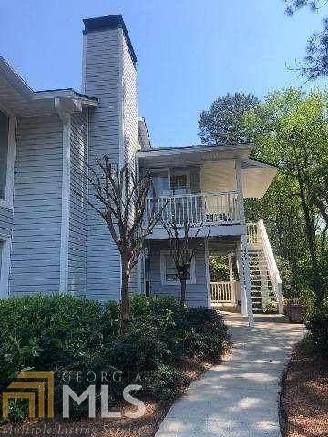 2762 SE Suwanee Way, Marietta, GA 30067 (MLS #8775308) :: Athens Georgia Homes