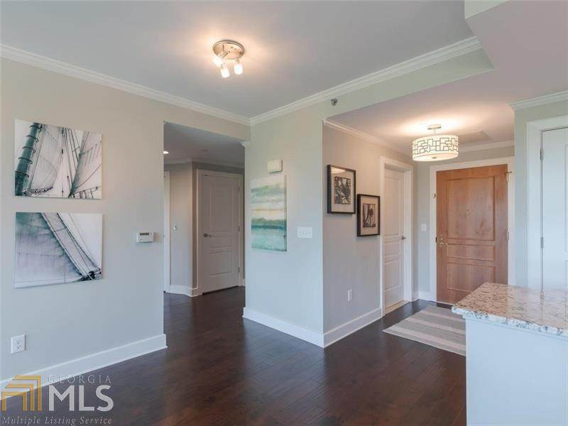 700 Park Regency Pl - Photo 1