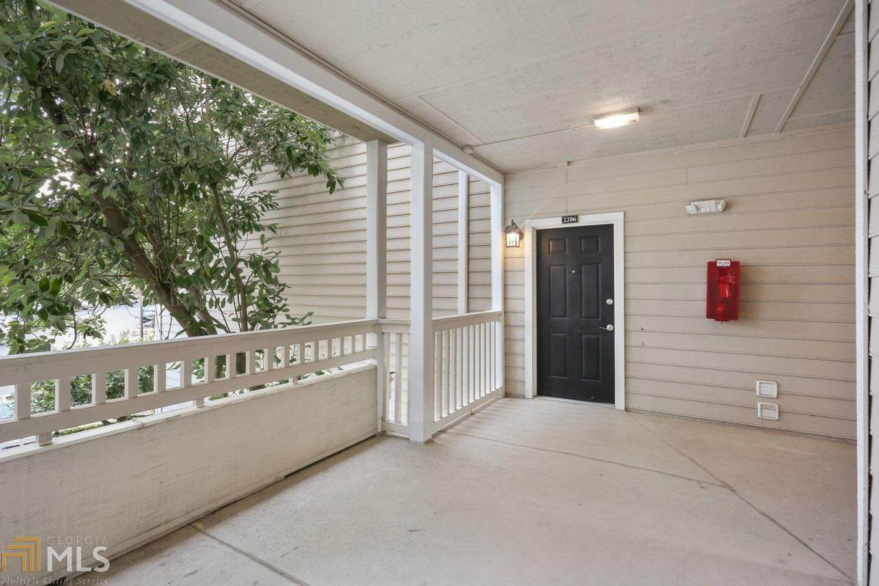 1250 Parkwood Cir - Photo 1