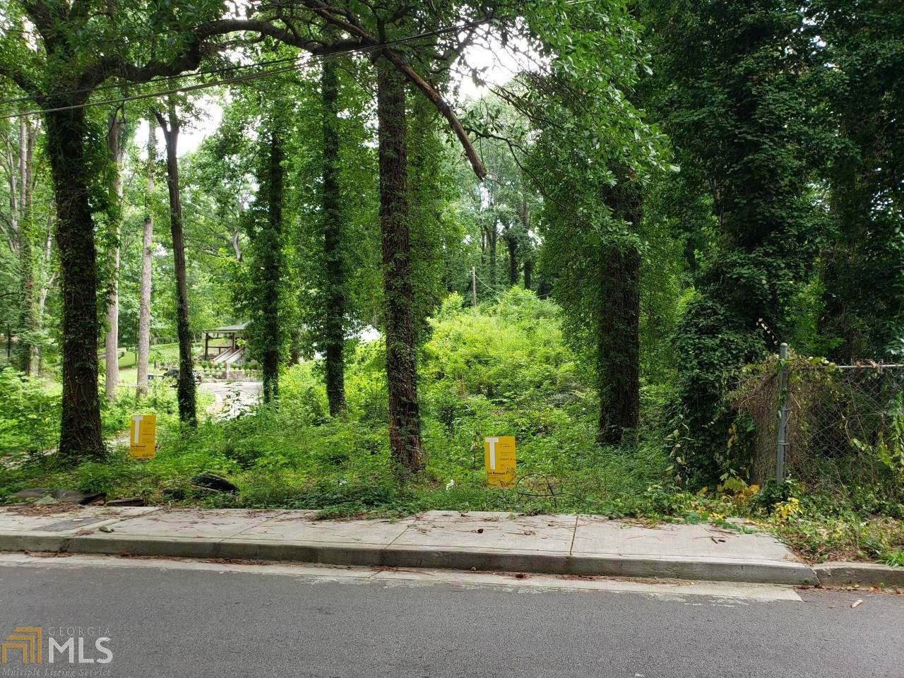 1516 Woodland Ave - Photo 1