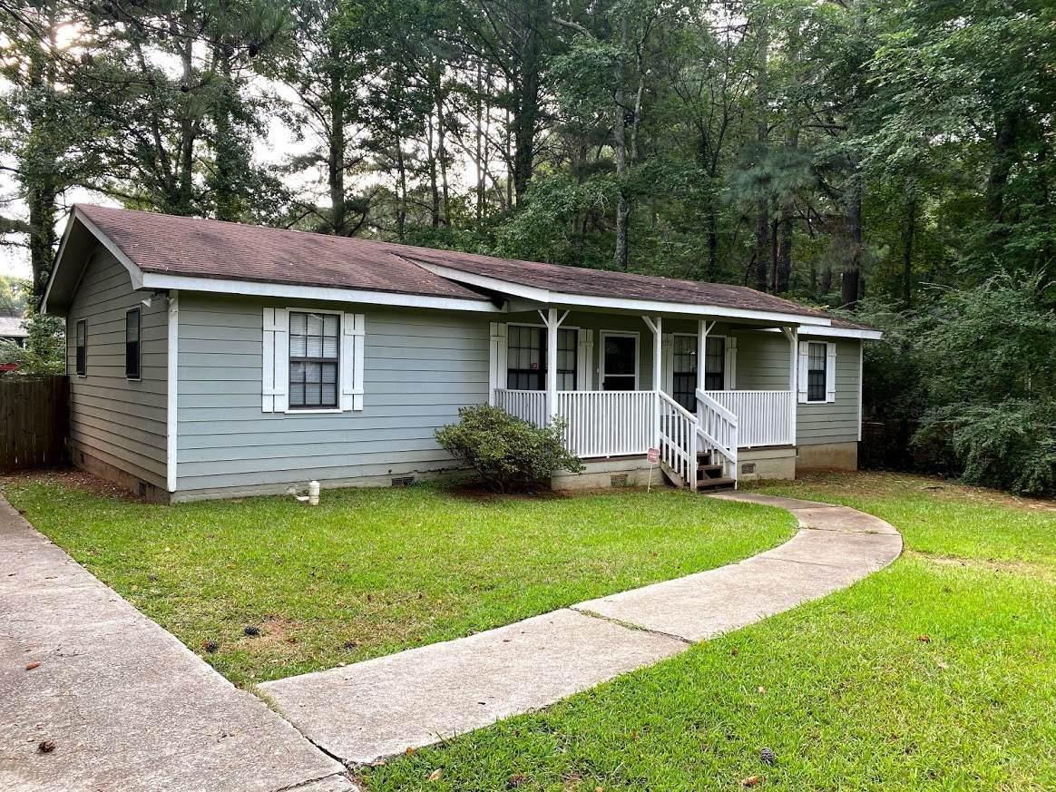6440 Fayetteville Rd - Photo 1