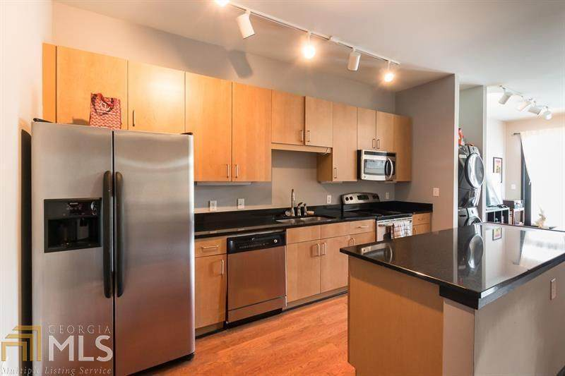 5300 Peachtree Rd - Photo 1