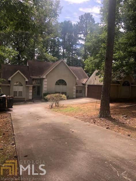 4210 Glad Morning Dr, Atlanta, GA 30349 (MLS #8863814) :: Crown Realty Group
