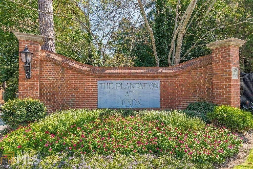 28106 Plantation Dr - Photo 1