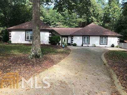 410 Emerald Parkway, Sugar Hill, GA 30518 (MLS #8876507) :: RE/MAX One Stop