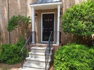 6980 Roswell Rd J7, Atlanta, GA 30328 (MLS #8876782) :: Keller Williams Realty Atlanta Partners
