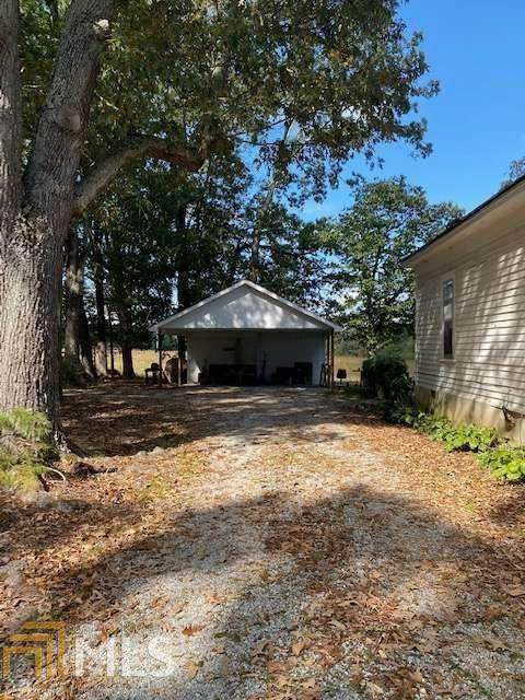 890 Brock Rd, Jefferson, GA 30607 (MLS #8877354) :: Michelle Humes Group