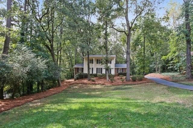 220 Glencourtney Drive, Sandy Springs, GA 30328 (MLS #8878562) :: Athens Georgia Homes