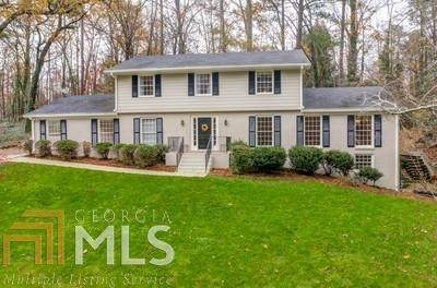 280 Knoll Woods Ter, Roswell, GA 30075 (MLS #8896082) :: The Durham Team