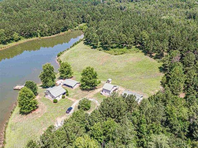 511 Pea Ridge Rd, Eatonton, GA 31024 (MLS #8903273) :: Rettro Group