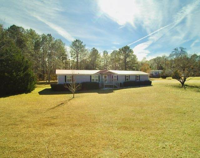 456 Edgewater Dr, Byron, GA 31008 (MLS #8903980) :: Crown Realty Group