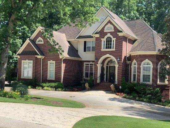 217 Montrose Dr, Mcdonough, GA 30252 (MLS #8907156) :: The Realty Queen & Team