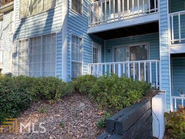 906 Glenleaf Dr, Peachtree Corners, GA 30092 (MLS #8909037) :: Crown Realty Group