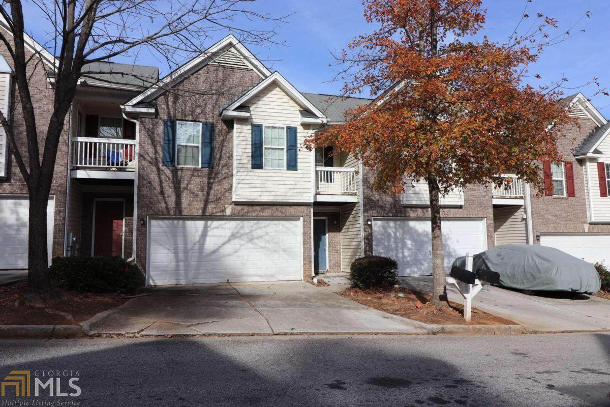 4652 Grand Central Pkwy - Photo 1