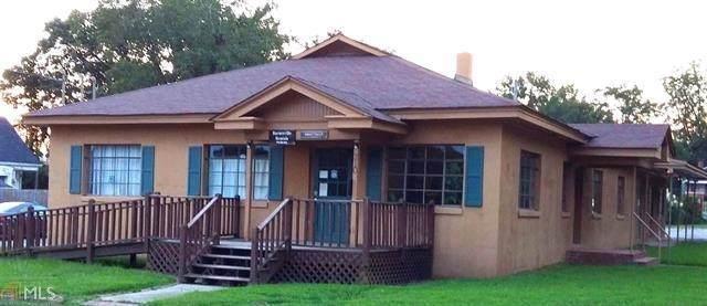 210 Taylor St, Barnesville, GA 30204 (MLS #8910427) :: Rettro Group