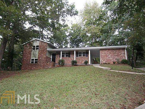 2486 Dawn Drive, Decatur, GA 30032 (MLS #8915978) :: Michelle Humes Group