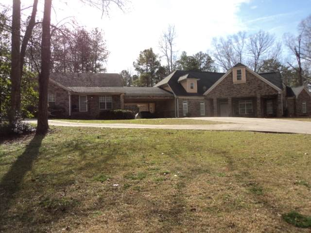5100 Alexander, Union City, GA 30291 (MLS #8916087) :: Michelle Humes Group