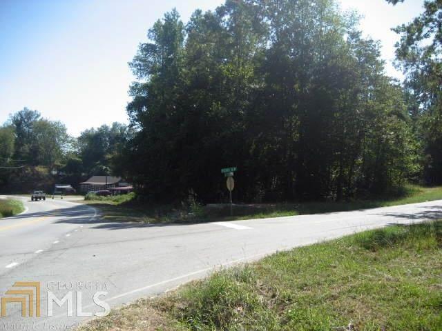 2705 Pierce Rd, Gainesville, GA 30507 (MLS #8931568) :: Military Realty