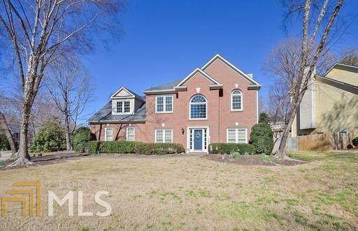 135 Croftwood Ct, Johns Creek, GA 30097 (MLS #8938557) :: RE/MAX One Stop