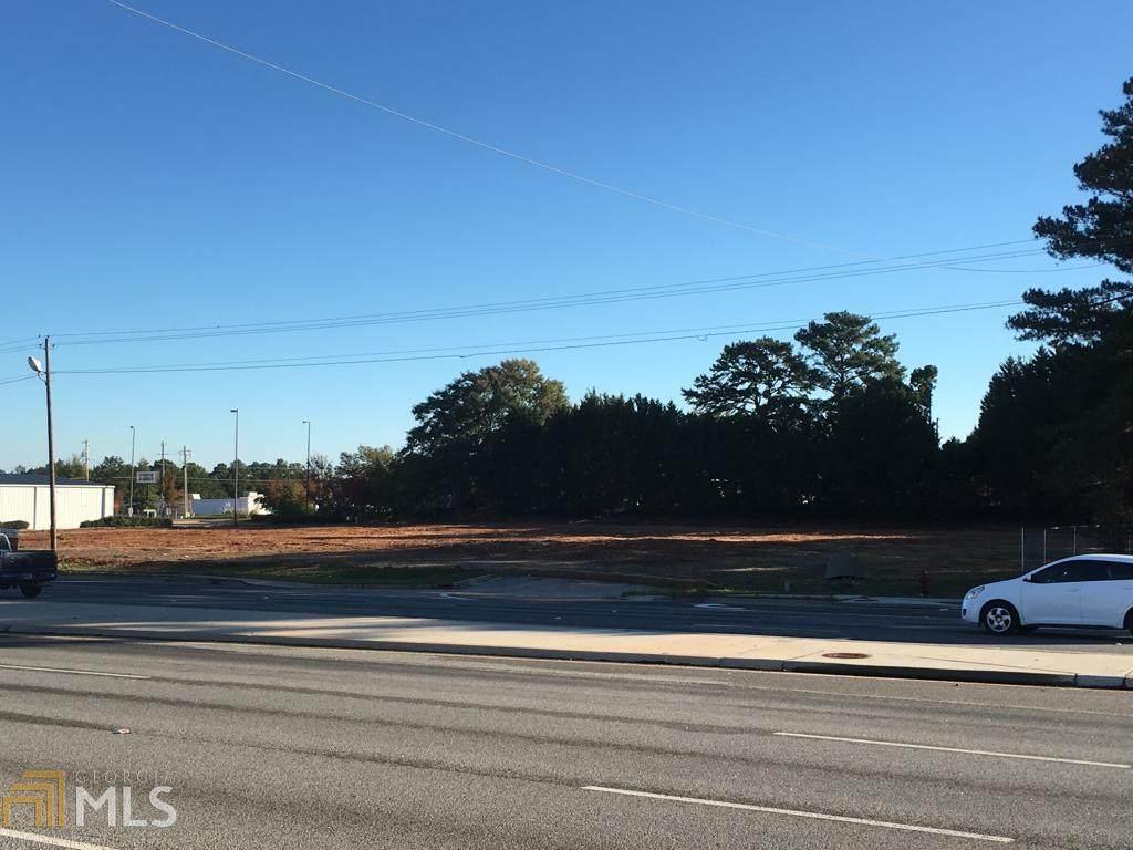 1690 Expressway - Photo 1