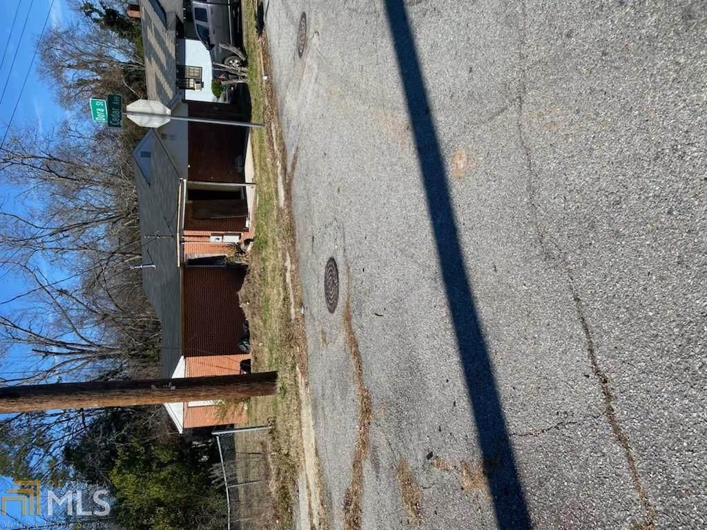 1597 Cedar Ave - Photo 1