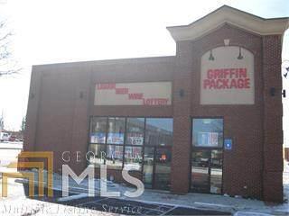 222 W Solomon St, Griffin, GA 30223 (MLS #8961234) :: Perri Mitchell Realty