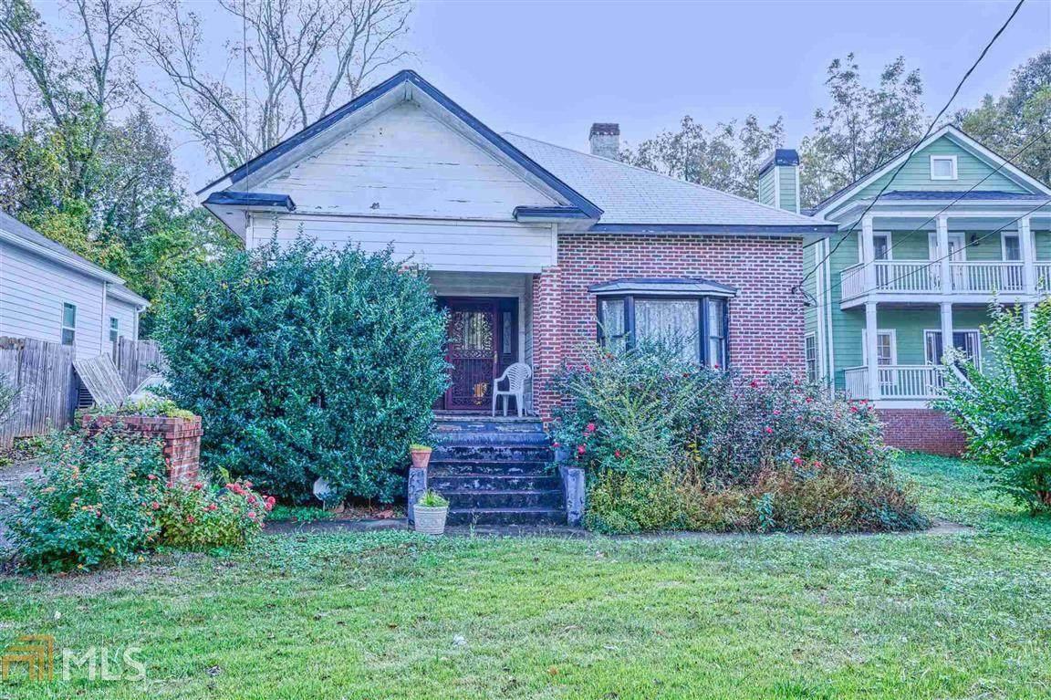1802 Lakewood Ave - Photo 1
