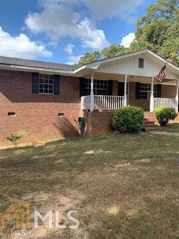 5241 Guthrie Cemetery Rd, Loganville, GA 30052 (MLS #8976446) :: Keller Williams