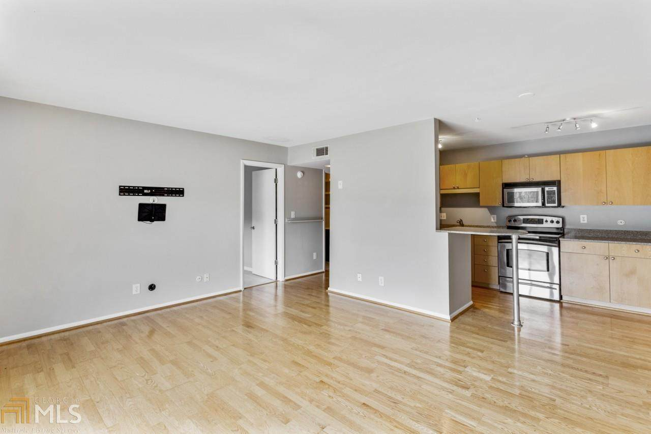 3501 Roswell Rd - Photo 1