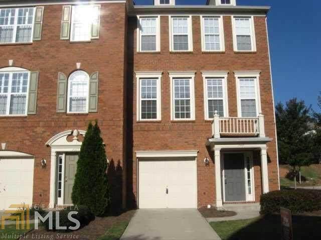 2001 Merrimont Way, Roswell, GA 30075 (MLS #8996613) :: Rettro Group