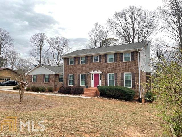 2560 Highland Golf Course Dr, Conyers, GA 30013 (MLS #9020580) :: AF Realty Group