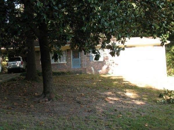 5665 Hammond Drive, Norcross, GA 30071 (MLS #9035740) :: Crown Realty Group
