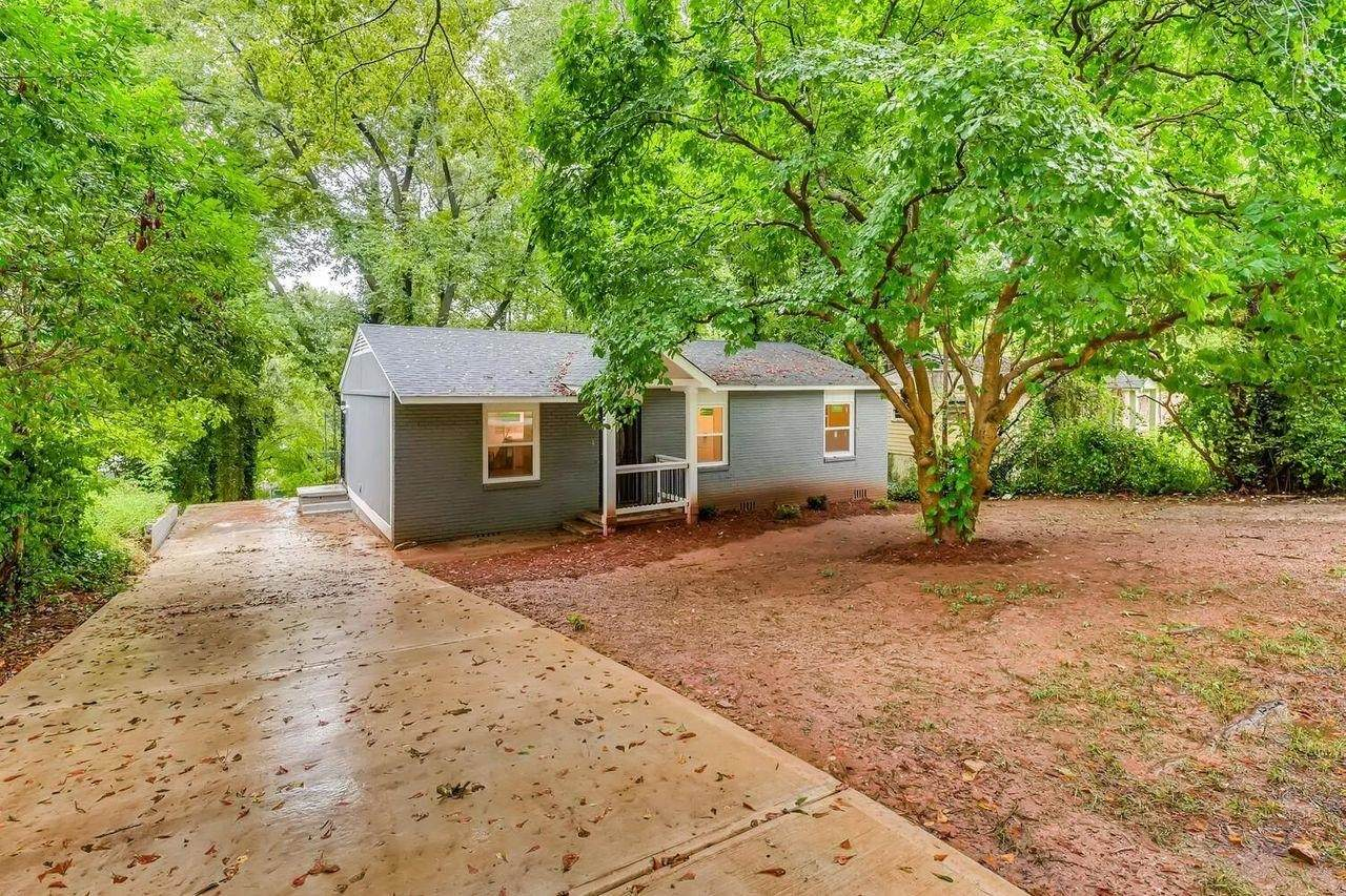 1068 Rebel Forest Drive - Photo 1