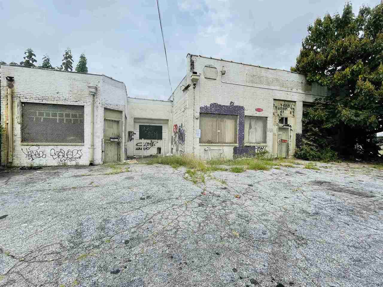 1701 Jonesboro Road - Photo 1