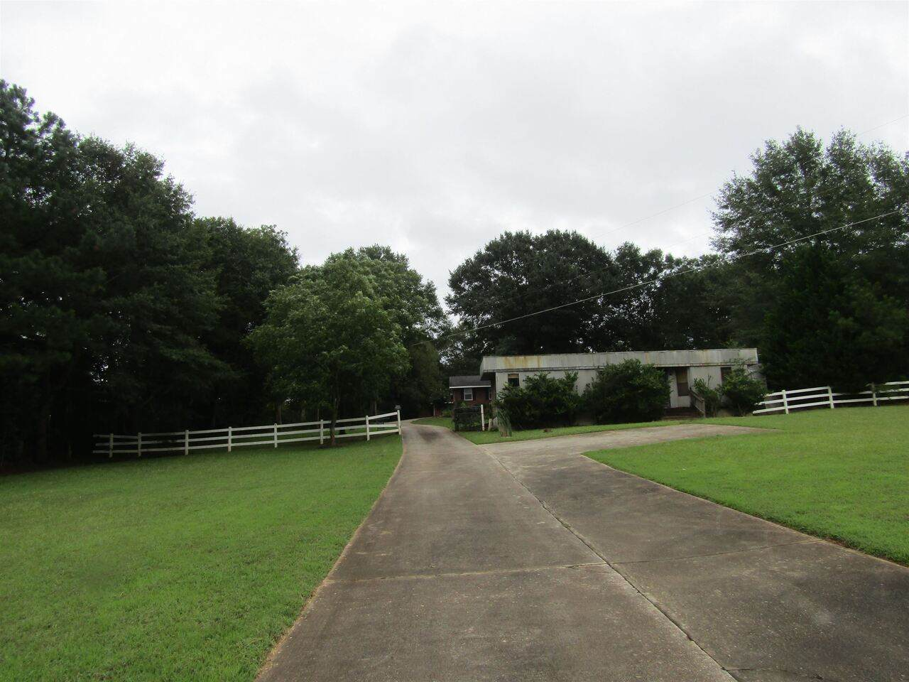 1837 Highway 212 - Photo 1