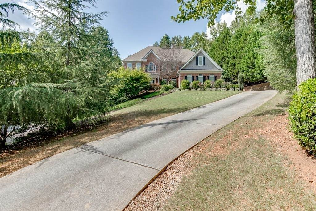 5512 Ridgemoor Drive - Photo 1