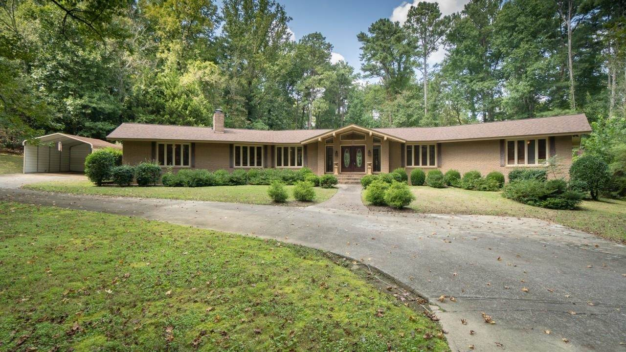 1827 Wood Valley Drive - Photo 1