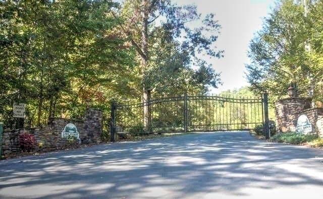 0 Rabun Bluffs Lot 1, Lakemont, GA 30552 (MLS #9051097) :: Houska Realty Group