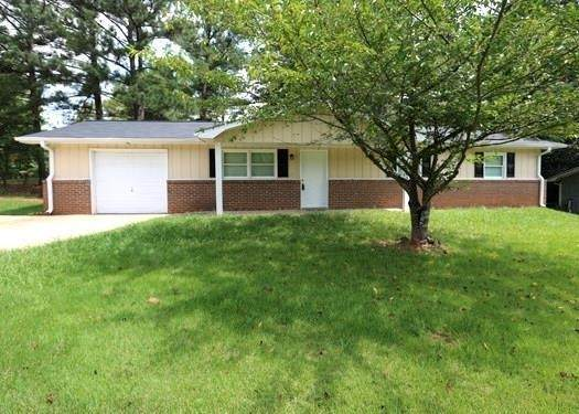 4897 Annistown Road, Stone Mountain, GA 30087 (MLS #9053861) :: Crown Realty Group