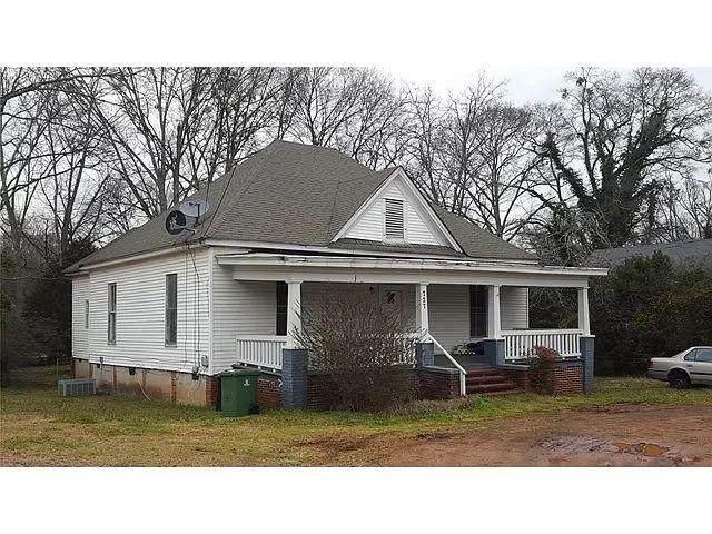 727 E E Broadway Street, Griffin, GA 30223 (MLS #9056807) :: Houska Realty Group