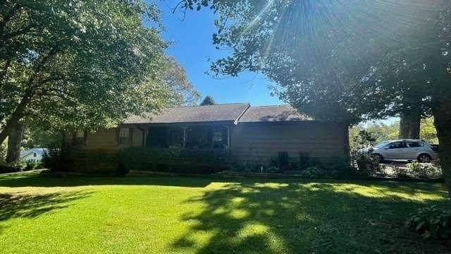 1701 Country Way, Gainesville, GA 30501 (MLS #9057327) :: Savannah Real Estate Experts