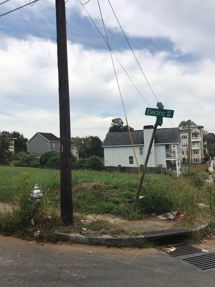 192 Electric Avenue - Photo 1