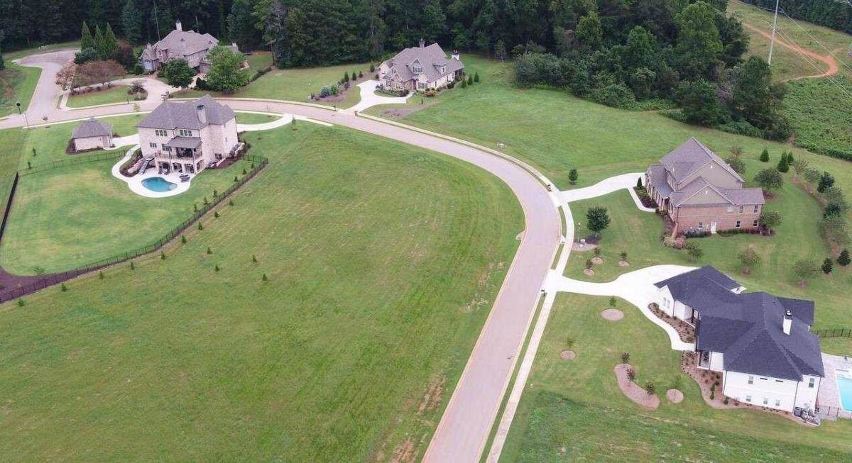5377 Retreat Drive - Photo 1