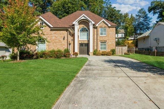 1902 Canmont Drive, Brookhaven, GA 30319 (MLS #9063446) :: EXIT Realty Lake Country