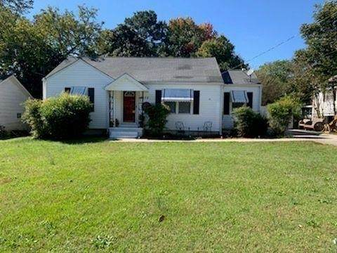 8475 Fairview Drive, Douglasville, GA 30134 (MLS #9069827) :: The Cole Realty Group