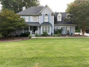 352 SW Greycoat Bluff, Marietta, GA 30064 (MLS #9069925) :: Bonds Realty Group Keller Williams Realty - Atlanta Partners