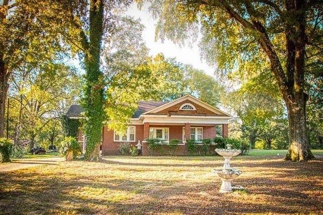 523 Old Tennessee Highway NE, White, GA 30184 (MLS #9070841) :: Athens Georgia Homes