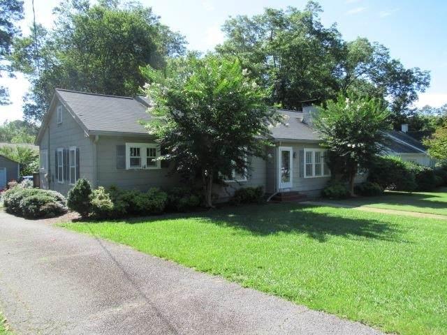 142 Griffin Drive, Carrollton, GA 30117 (MLS #9071275) :: Athens Georgia Homes