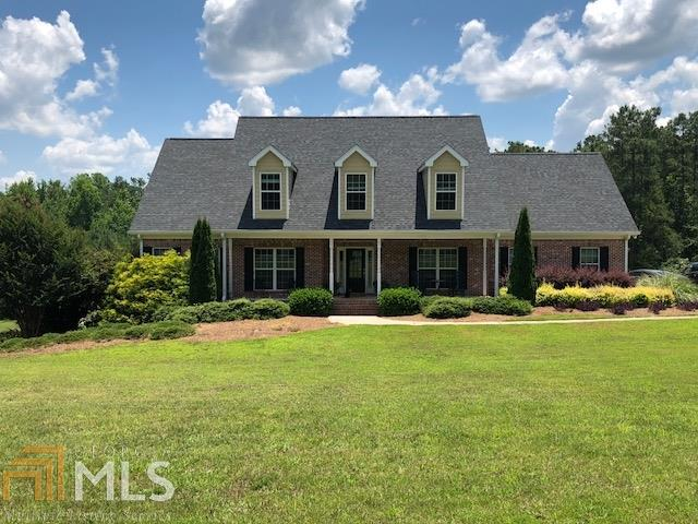 2235 Grand Oaks Dr, Social Circle, GA 30025 (MLS #8401512) :: Keller Williams Realty Atlanta Partners