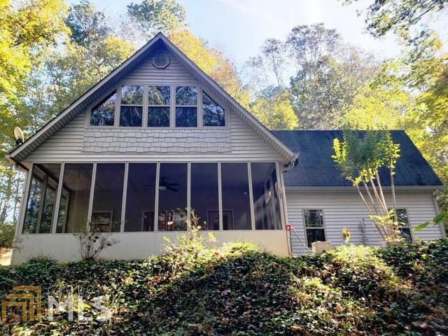 1801 Charlie Davis Rd, Cornelia, GA 30531 (MLS #8480155) :: Ashton Taylor Realty